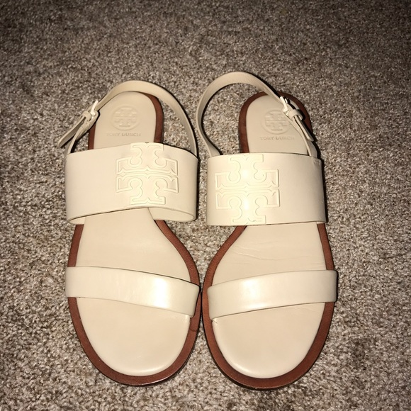 c181161ec9d ... Tory Burch Sandals - Cream. M 5ae0f18661ca106bb818f52d